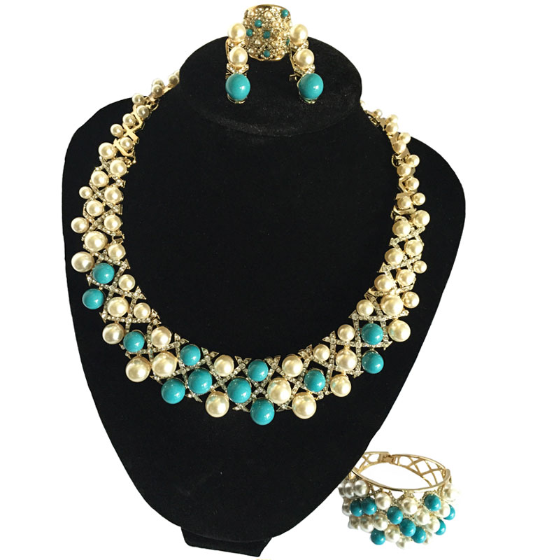 J0152 Blue Royal Pearls Set Necklace
