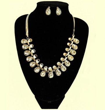J0172 Teardrop Set Necklace