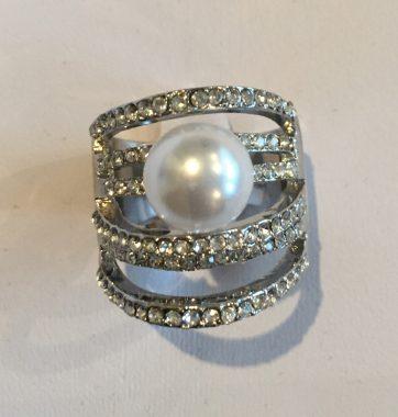 J0199 Lush Ring