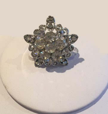 J0228 Flower Ring